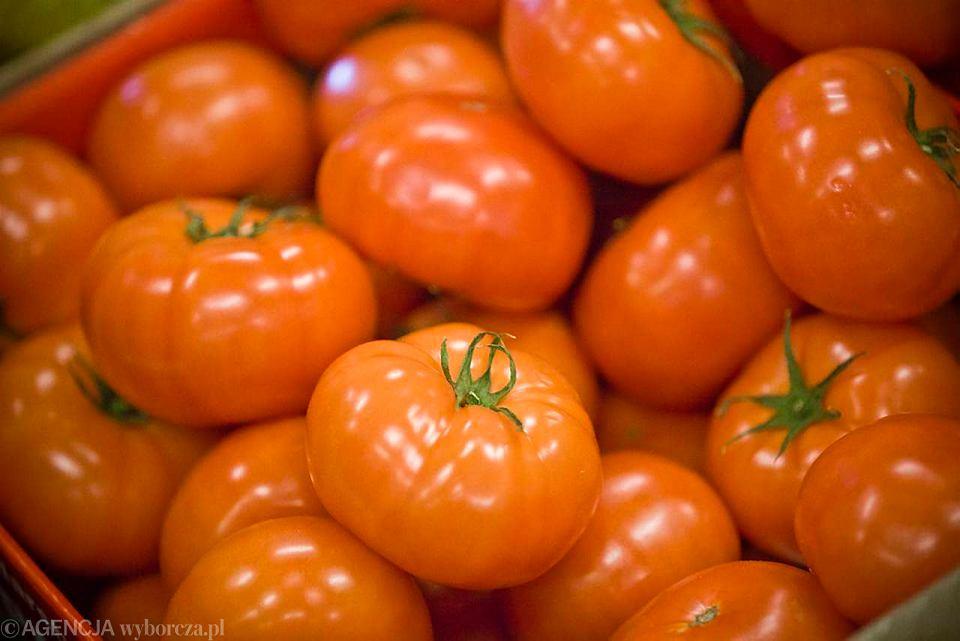 Wiosenne warzywa, pomidory