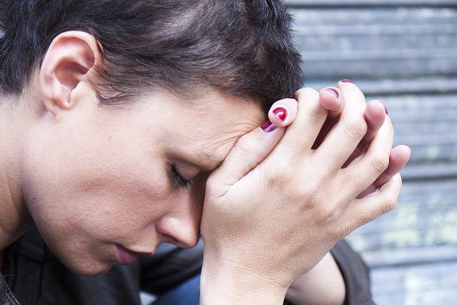 Na sarkoidozę chorują zwykle osoby młode, pomiędzy 20. a 40. rokiem życia.