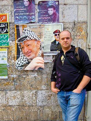 W Ramallah Arafat wisi na każdym murze i płocie.