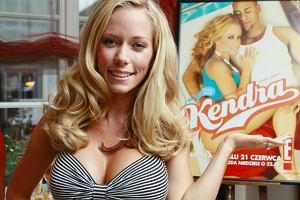 Kendra Wilkinson, znana polskim widzom z programu Króliczki Playboya, zawitała do Polski na zaproszenie kanału E! To właśnie na nim zostanie wyemitowany w czerwcu reality-show z jej udziałem pod wdzięcznym tytułem Kendra.