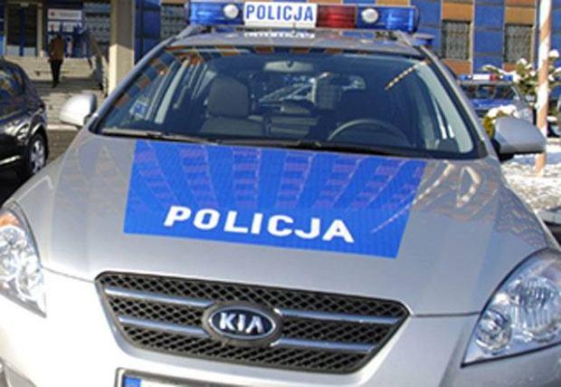 Podkarpackie: samochód zderzył się z tirem. Nie żyje jedna osoba