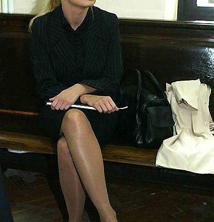 Patrycja Kotecka podczas procesu przeciwko Łukaszowi Słapkowi. Słapek sugerował, że Kotecka proponowała mu pieniądze za reportaż atakujący PO