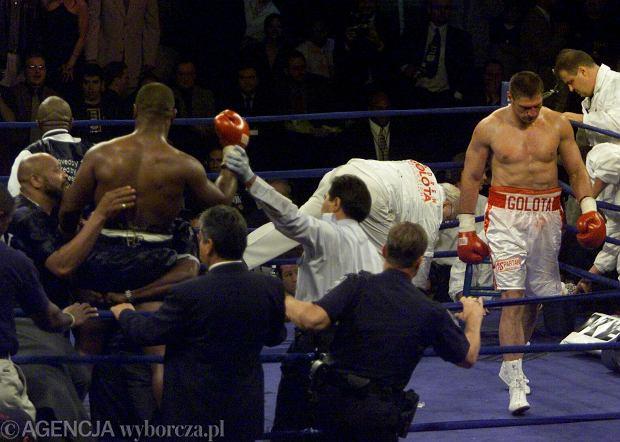 Mike Tyson i Andrzej Gołota po swojej walce. Jej wynik został później anulowany