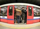Utrudnienia w metrze i na trasie kolejowej z �odzi