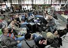 Wracaj� Polacy uwi�zieni w Egipcie. Brakowa�o miejsc. By�y awantury
