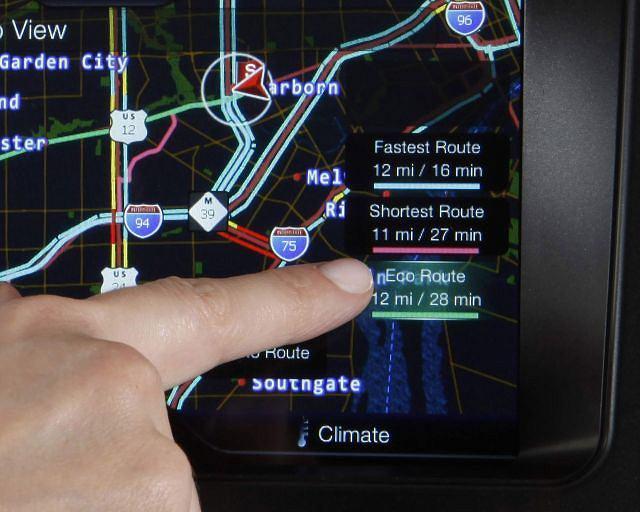 Nowa nawigacja MyFord Touch z funkcją trasy ekologicznej