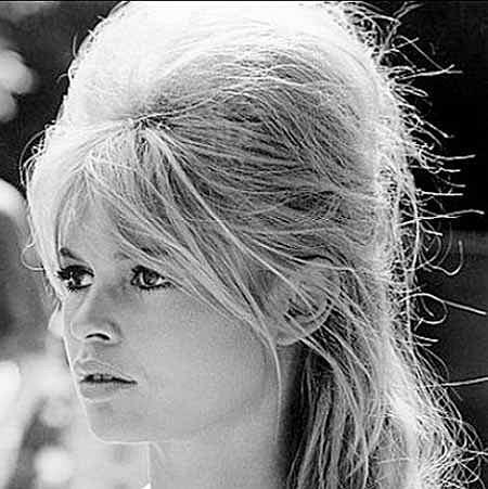 Fryzura w stylu Brigitte Bardot - WIDEO!