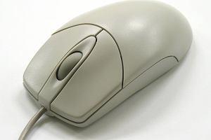 Zmar� tw�rca komputerowej myszki. On wymy�la�, inni zarabiali