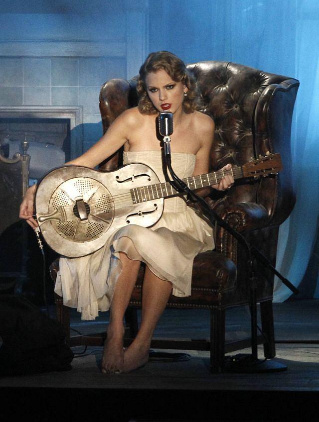 Taylor Swift również wystąpiła na MTV VMA 2010.
