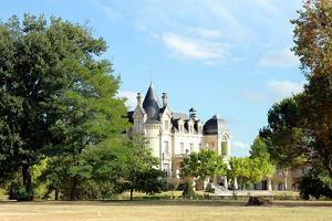 Enoturystyka w Bordeaux. W Medoc otwieraj� piwnice