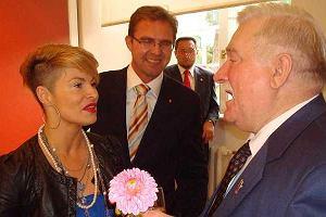 Ania Voigt z m�em na urodzinach prezydenta Lecha Wa��sy.