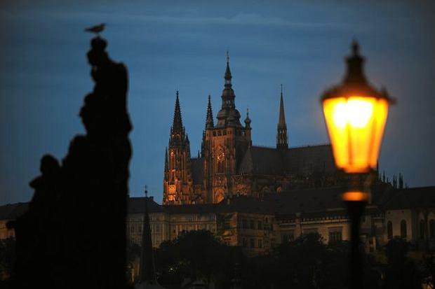 Praga woli trzyma� si� od euro z daleka