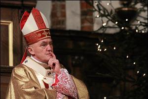 W siedzibie archidiecezji warszawskiej: Dlaczego nasi księża boją się synodu?