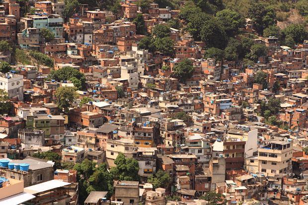 Slum tour - zwiedzanie dzielnic biedy