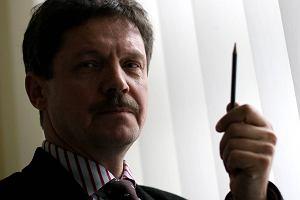 Szef olszty�skich drogowc�w napisa� nowy krymina�