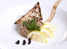 Tatar ze świeżego łososia ze świeżym koperkiem - ugotuj