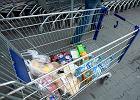 Za godzin� pracy w Polsce zrobimy tylko podstawowe zakupy. Ledwo wystarczy na chleb, mleko, ser, w�dlin� i jajka