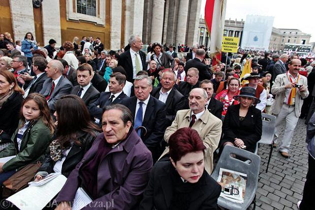 """Pielgrzymka parlamentarzyst�w PiS ju� w Rzymie. """"Papie� zas�u�y�, by�my tu byli"""""""