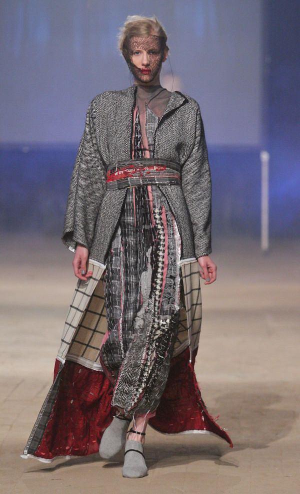 Zdj Cie Nr 1 W Galerii Fashion Week Poland Paulina Plizga