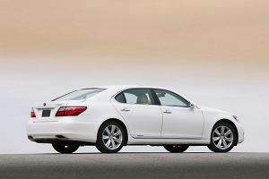 Koniec dominacji Lexusa w USA?