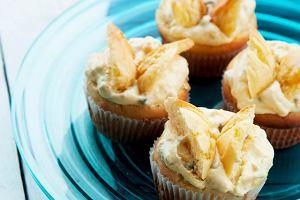 Muffiny motylkowe z kremem z marakui