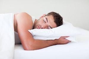 Niewyspani mężczyźni mają mniej testosteronu