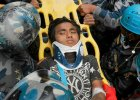 Nepal. Wciąż rośnie liczba ofiar. Ludzie masowo uciekają ze stolicy