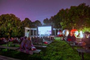 Polówka - kino samochodowe i projekcje filmowe w EC1