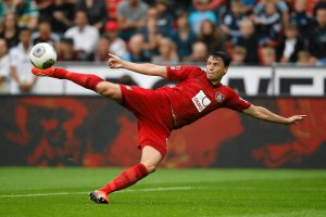 """Liga Mistrzów. Krzynówek: Boenisch sporo potrafi, Lewandowski to idealna """"dziewiątka"""""""