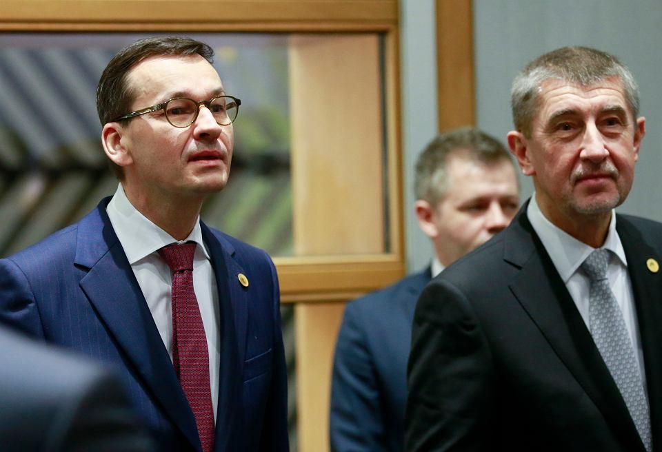 14.12.2017 r., Bruksela. Premierzy Polski i czech, Mateusz Morawiecki i Andrej Babisz, podczas unijnego szczytu.