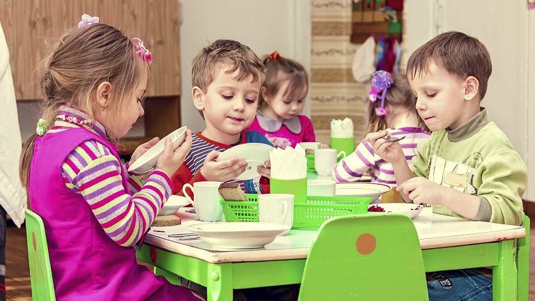 Rekrutacja do przedszkoli 2017: w związku ze zniesieniem obowiązku szkolnego dla sześciolatków sytuacja jest bardzo dynamiczna.
