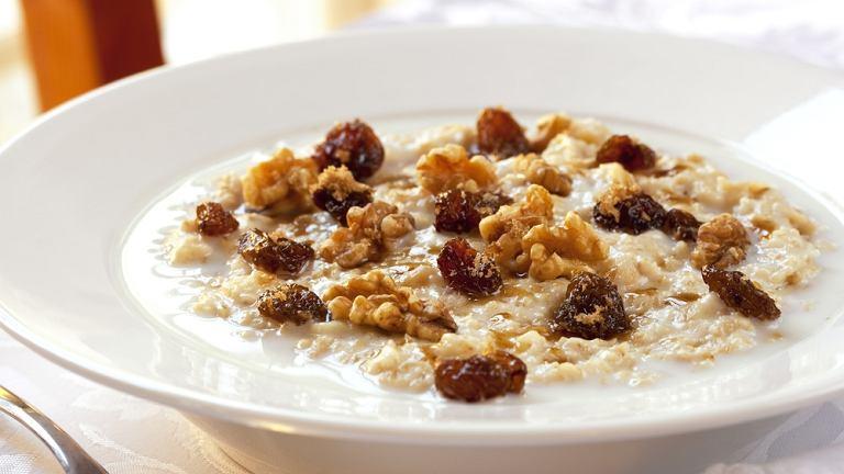 Głównym celem diety owsiankowej jest oczyszczenie organizmu z zalegających w nim zanieczyszczeń i złogów cholesterolowych
