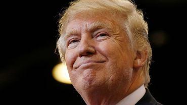 Donald Trump rok temu budził politowanie i zgorszenie, dziś boi się go pół Ameryki i cały demokratyczny świat