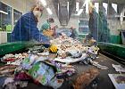 Odbiór i odzysk odpadów. Jak realizować wymóg zatrudniania pracowników na umowę o pracę?
