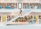 """Wizja biblioteki jako """"świątyni nauki"""", gdzie w absolutnej ciszy siedzi się na niewygodnych krzesłach, odchodzi do lamusa"""