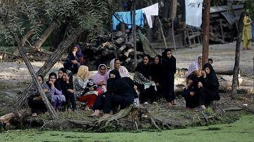 Szyickie mieszkanki Kaszmiru, uczestniczki procesji w Srinagarze