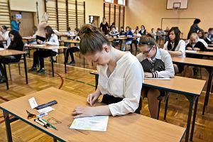 Próbny sprawdzian szóstoklasisty z OPERONEM - uczniowie właśnie piszą sprawdzian z POLSKIEGO I MATEMATYKI! [ARKUSZE, ZADANIA, ODPOWIEDZI]