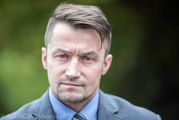Reprywatyzacja w Warszawie. Piotr Guział żąda wyjaśnień od Bronisława Komorowskiego