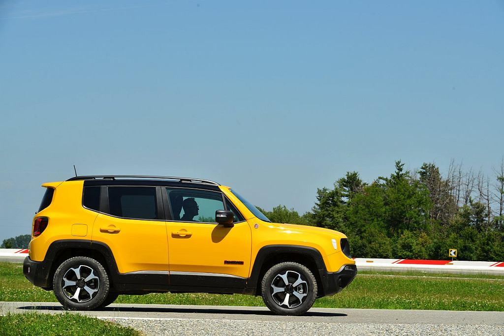 Nowy Jeep Renegade