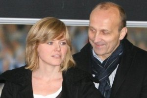 """""""Polityka"""" informuje o rozwodzie Marcinkiewicz�w, a potem przeprasza. Powodem ostre o�wiadczenie Isabel"""
