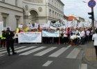 Protest pracowników służby zdrowia. Chcą podwyżek, tak jak pielęgniarki