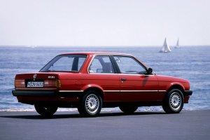 BMW serii 3 | Tak zmienia�o si� przez 40 lat