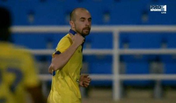 Adrian Mierzejewski w meczu z Al-Raed