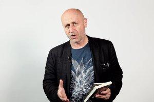 Maciej Stasi�ski �ledzi diab�a w Hawanie