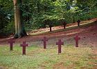 Kto w�tpi w Europ�, powinien i�� na cmentarze wojenne. Rocznica bombardowa�