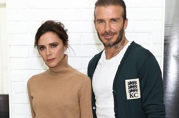 Zdjęcie numer 1 w galerii - David Beckham wybrał najlepszą stylizację Victorii EVER. Koronki? Kusa sukienka? Nic z tych rzeczy