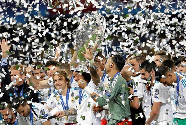 Zdjęcie numer 2 w galerii - Europejska Superliga piłkarska bez Polski? To nie może się udać