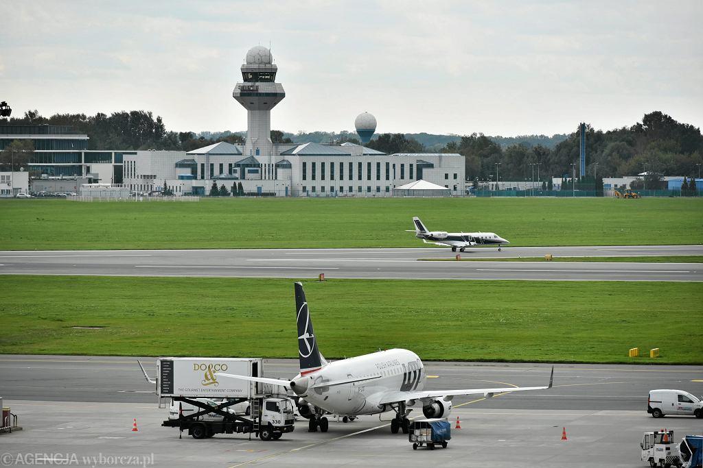 Samoloty na płycie Lotniska Chopina