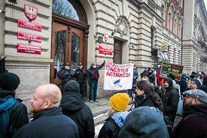 """Marsz anarchist�w w Krakowie: """"STOP POPiSowej inwigilacji"""""""