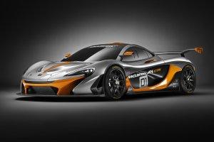 1000-konny McLaren P1 GTR   Atak na LeMans?